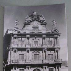 Cartoline: FOTO POSTAL DE PAMPLONA - 12 - AYUNTAMIENTO - POSTALES VAQUERO, SIN CIRCULAR, AÑOS 50 APROX. Lote 44064003