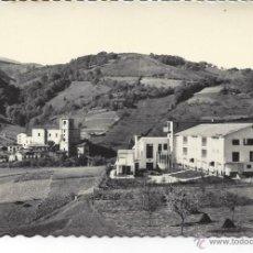 Postales: VERA DE BIDASOA. ALBERGUE DE F.E.T. Y VISTA PARCIAL. EDI. AISA Nº 15. Lote 45367580
