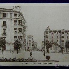 Postales: POSTAL DE PAMPLONA (NAVARRA). CALLE DE SAN IGNACIO. EDICIONES ARRIBAS. AÑOS 40. Lote 45785133