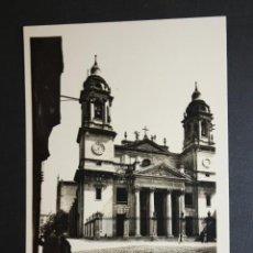 Postales: ANTIGUA FOTO POSTAL DE PAMPLONA. CATEDRAL. FOT. L. ROISIN. SIN CIRCULAR. Lote 45938016