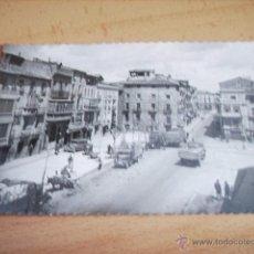 Cartes Postales: TAFALLA ( NAVARRA ) PLAZA CORRTES Y AVDA. SEVERINO FERNANDEZ. Lote 48351843