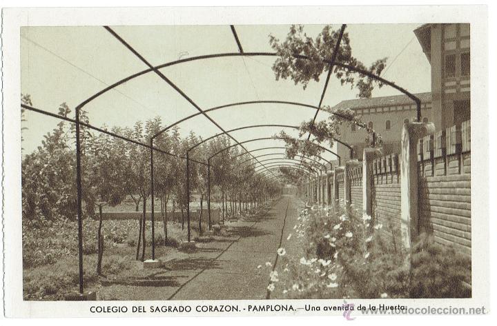 PS6223 PAMPLONA 'COLEGIO SAGRADO CORAZÓN. AVENIDA DE LA HUERTA'. FOURNIER. CIRCULADA. 1958 (Postales - España - Navarra Moderna (desde 1.940))