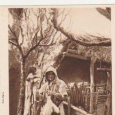 Postales: HUICI.- ANCIANO VISTIENDO EL SHARTESHÁ DE LOS PASTORES. L. ROISIN.. Lote 57408670