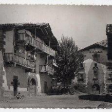 Postales: LECUMBERRI. NAVARRA. CASONAS TÍPICAS DEL PAÍS. FRANQUEADA EN 1964.. Lote 61325167