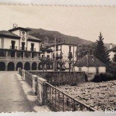 Postales: POSTAL FOTOGRÁFICA. AYUNTAMIENTO Y RIO. RONCAL. NAVARRA.. Lote 64068451