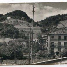 Postales: VERA DE BIDASOA (NAVARRA). VISTA PARCIAL Y MONTE CALVARIO. POSTALES P. ESPERÓN, CIRCULADA. Lote 72602127