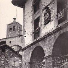 Postales: RONCAL. 4- CASA DE LOPEZ, AL FONDO IGLESIA, ESCRITA CON SELLO. ED: SICILIA (112). Lote 101714363