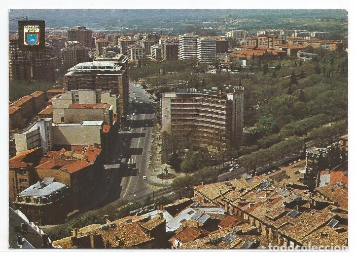 PAMPLONA Nº 66 .- VISTA AEREA .- ESCUDO DE ORO / DOMINGUEZ (Postales - España - Navarra Moderna (desde 1.940))