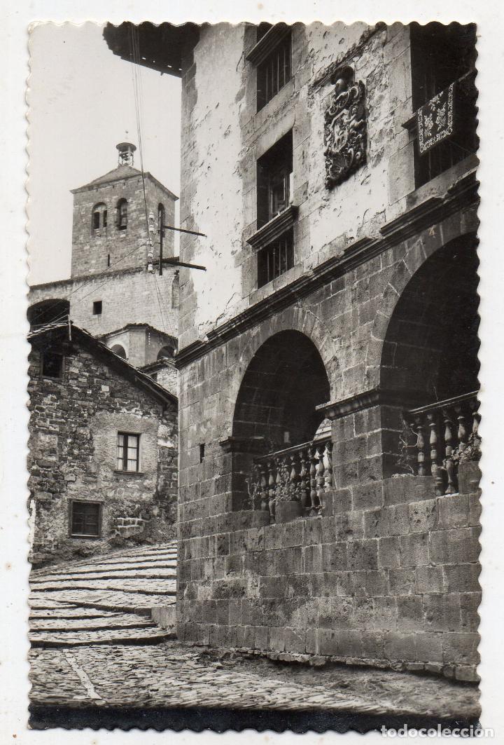 RONCAL. CASA DE LÓPEZ, AL FONDO IGLESIA. FRANQUEADA EL 23 DE JUNIO DE 1964. (Postales - España - Navarra Antigua (hasta 1.939))