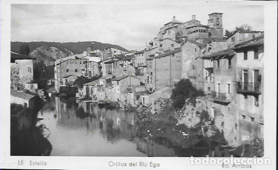 POSTAL * ESTELLA, ORILLAS DEL RIO EGA * ARRIBAS 15 (Postales - España - Navarra Moderna (desde 1.940))