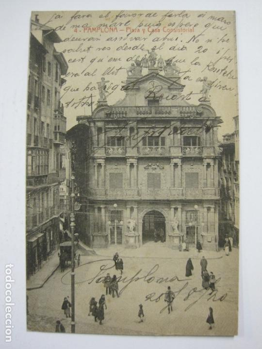 PAMPLONA-PLAZA Y CASA CONSISTORIAL-4-ED·VDA.ROLDAN-VER FOTOS-(60.415) (Postales - España - Navarra Antigua (hasta 1.939))