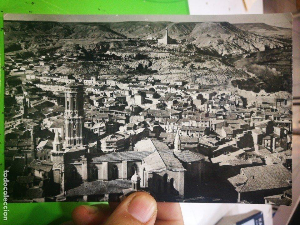 POSTAL TUDELA CATEDRAL Y MONUMENTO AL SAGRADO CORAZÓN 1961 ESCRITA Y SELLADA (Postales - España - Navarra Moderna (desde 1.940))