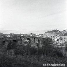 Postales: NEGATIVO ESPAÑA NAVARRA PUENTE LA REINA 1973 KODAK 55MM GRAN FORMATO NEGATIVE SPAIN PHOTO FOTO. Lote 210090648
