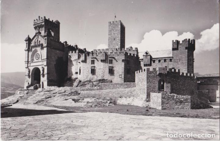 NAVARRA, CASTILLO DE JAVIER, VISTA DEL CASTILLO Y BASÍLICA - EDICIONES SICILIA Nº6 - S/C (Postales - España - Navarra Moderna (desde 1.940))