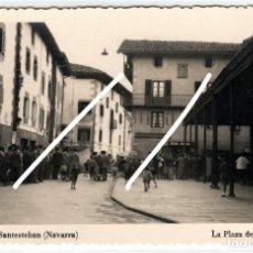 Postales: PRECIOSA POSTAL FOTOGRAFICA - SANTESTEBAN (NAVARRA) - LA PLAZA DE EL MERCADO. Lote 247786020