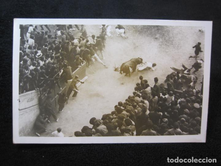 PAMPLONA-ENCIERRO-SAN FERMIN-FOTOGRAFICA-POSTAL ANTIGUA-(79.049) (Postales - España - Navarra Antigua (hasta 1.939))