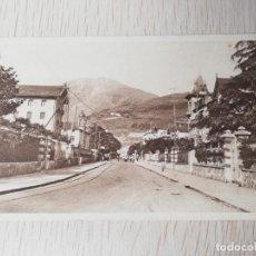 Postales: POSTAL DE TOLOSA, PASEO DE SAN FRANCISCO Y EDIFICIO DEL BANCO DE TOLOSA, NAVARRA, ED. LABORDE, NO CI. Lote 254044770