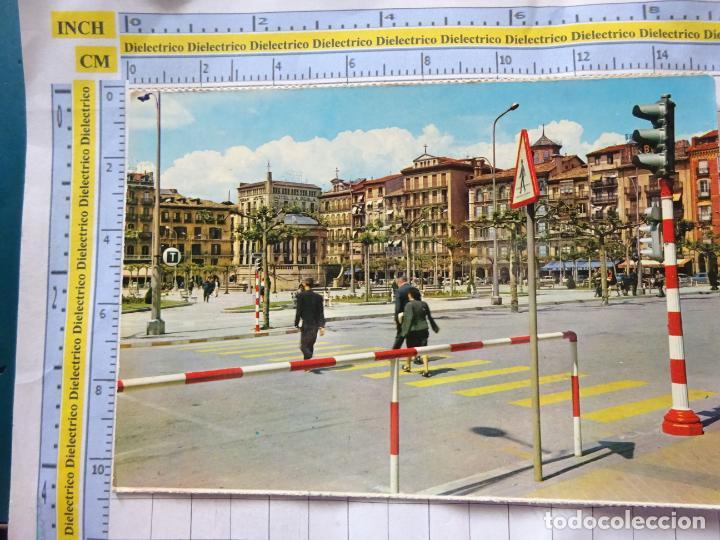 POSTAL DE NAVARRA. AÑO 1964. PAMPLONA, PLAZA DEL CASTILLO. 52 VAQUERO. 888 (Postales - España - Navarra Antigua (hasta 1.939))