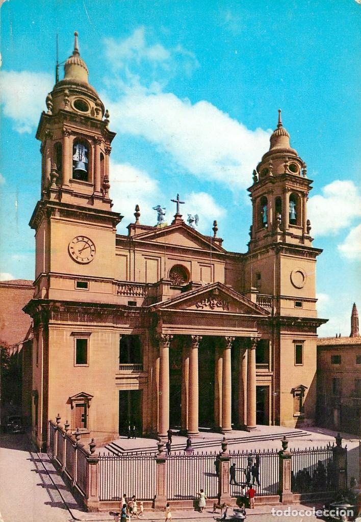 EM1069 PAMPLONA FACHADA DE LA CATEDRAL GARRABELLA Nº19 (Postales - España - Navarra Moderna (desde 1.940))