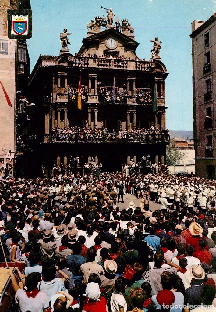 EM1077 PAMPLONA DISPARO DEL COHETE 1966 ESCUDO DE ORO Nº49 SAN FERMIN (Postales - España - Navarra Moderna (desde 1.940))
