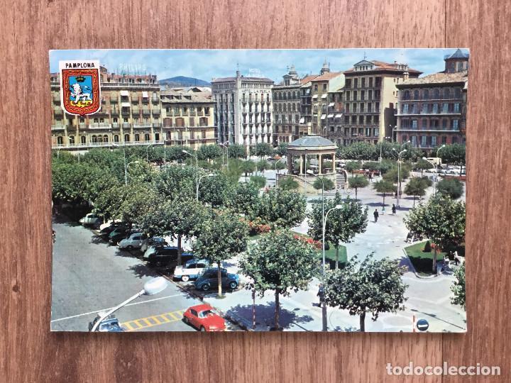 POSTAL DE PAMPLONA PLAZA DEL CASTILLO ( AÑOS 60/70 ) (Postales - España - Navarra Moderna (desde 1.940))