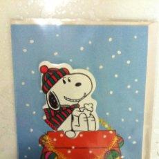 Postales: ANTIGUO CHRISTMAS DE NAVIDAD, SNOOPY. EN RELIEVE. PRECIOSOS. SIN USAR. Lote 221616832