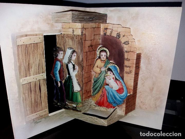 FELICITACION TROQUELADA NAVIDAD JOAN * PASTORES ADORANDO AL NIÑO*ADORNADA CON PURPURINA -1983 (Postales - Postales Temáticas - Navidad)