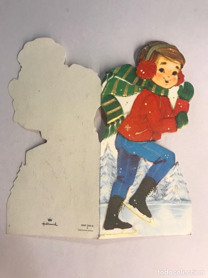 Postales: FELICITACIÓN NAVIDEÑA. Troquelada, Niño con patines de hielo. Edita: Hallmark. Germany (h.1980?) - Foto 2 - 178959247