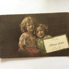 Postales: TARGETA DE FELIZ NAVIDAD, CIRCULADO. AÑO 1916. EDITADO EN VIENNE. 8, 5 X 14,0 CM. MUY RARO. Lote 214576347