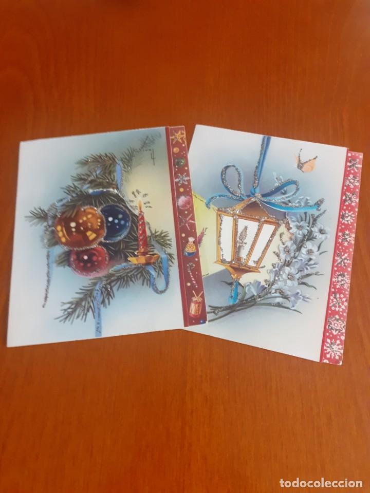 DOS FELICITACIONES DE NAVIDAD DE LOS AÑOS 50 TROQUELADAS Y CON PURPURINA, ESCRITAS (Postales - Postales Temáticas - Navidad)