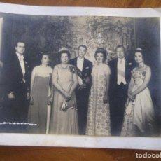 Postales: FOTO FAMILIA REAL ESPAÑOLA FELICITACION NAVIDAD . JUAN BORBON JUAN CARLOS FIRMADA . ESTORIL 1968. Lote 228823920