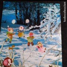 Cartoline: FELICITACION NAVIDAD * NIÑOS JUGANDO EN LA NIEVE * 1974. Lote 263271190