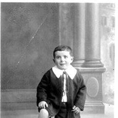 Postales: POSTAL MUY ANTIGUA DE NIÑO CON BALON. Lote 895543