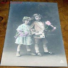 Postales: ANTIGUA POSTAL COLOREADA DE NIÑOS AÑOS 20. Lote 495288