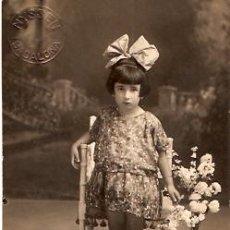 Postales: POSTAL FOTOGRAFIA NYSSEN BADALONA NIÑA. Lote 12462430