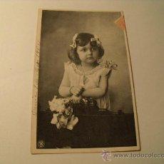 Cartes Postales: POSTAL DE NIÑA, BONITA. CIRCULADA 1906. POSTAL 1059. Lote 24105740