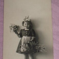 Postales: QUEX POSTALES - POSTAL AÑOS ´40 - NIÑA CON FLORES. Lote 29478551