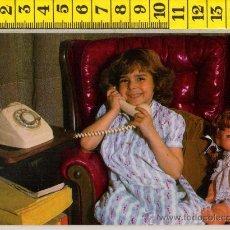 Postales: TARJETA POSTAL DE NIÑA CON MUÑECA TELEFONO ANTIGUO INFANTIL INFANCIA JUGUETE JUEGO. Lote 29742437