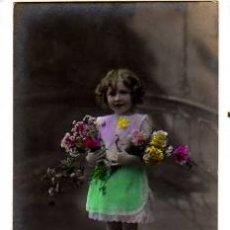 Cartes Postales: POSTAL FOTOGRÁFICA COLOREADA. NIÑA. CIRCULADA 1915. Lote 33324860