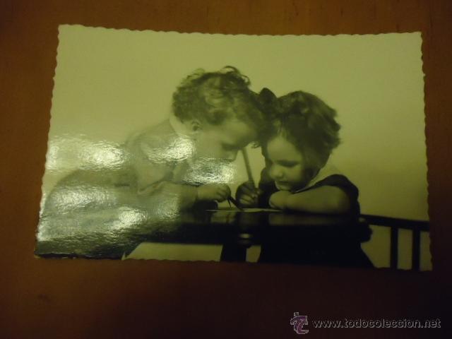 ANTIGUA POSTAL NIÑOS BLANCO Y NEGRO (Postales - Postales Temáticas - Niños)
