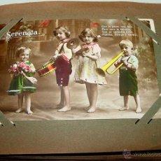 Postales: ANTIGUO ALBUM DE 39 FOTOS POSTALES DE NIÑOS, LA MAYORIA COLOREADAS - AÑOS 20 - MIDE 20 X 14 CMS.. Lote 38264303