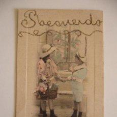 Postales: POSTAL ROMÁNTICA. NIÑOS CON REGALOS. CIRCULADA. 1910.. Lote 41336046