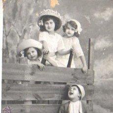 Postales: POSTAL DE UNOS NIÑOS - 1916 - ENVIADA A CALELLAN. Lote 42934720