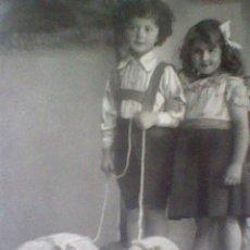 Postales: POSTAL CIRCULADA 1913 NINOS CON CERDITOS N 0281(B2). Lote 44138695