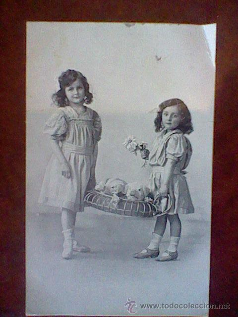 POSTAL ANTIGUA NIÑAS ESCRITA PPIOS S XX (Postales - Postales Temáticas - Niños)
