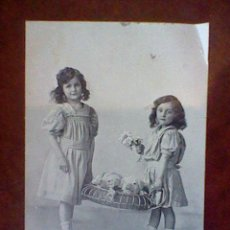 Postales: POSTAL ANTIGUA NIÑAS ESCRITA PPIOS S XX . Lote 45490386