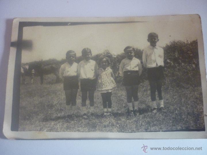 AÑOS 30. ANTIGUA FOTOGRAFÍA DE CINCO HERMANOS (Postales - Postales Temáticas - Niños)