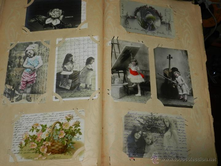 Postales: ALBUM DE TARJETAS POSTALES CON 130 POSTALES. LA GRAN MAYORIA DE NIÑOS CON DISEÑOS MODERNISTAS, PERO - Foto 7 - 46164386