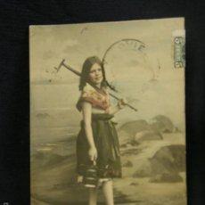 Postales: POSTAL NIÑA RASTRILLO REGADERA PLAYA GIJÓN ASTURIAS 1903 . Lote 58410658