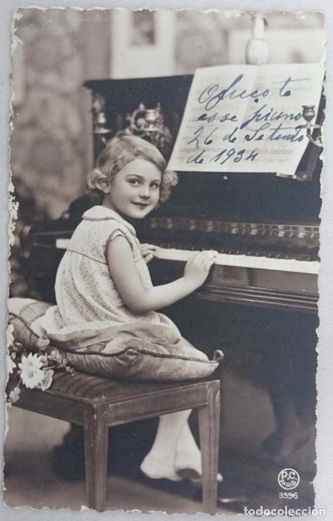 POSTAL ANTIGUA COLOREADA. NIÑA AL PIANO. PC PARÍS Nº 3596. PRINCIPIOS SIGLO XX (Postales - Postales Temáticas - Niños)